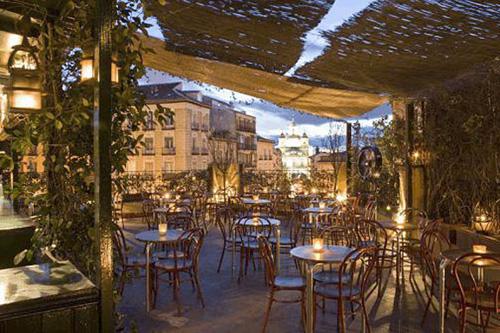 Terrazas que siempre est n de moda te veo en madridte for Restaurantes con terraza madrid