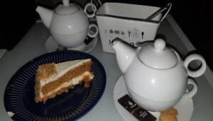 las-mejores-tartas-de-zanahoria-cafes-con-encanto-la-luz-te-veo-en-madrid.jpg