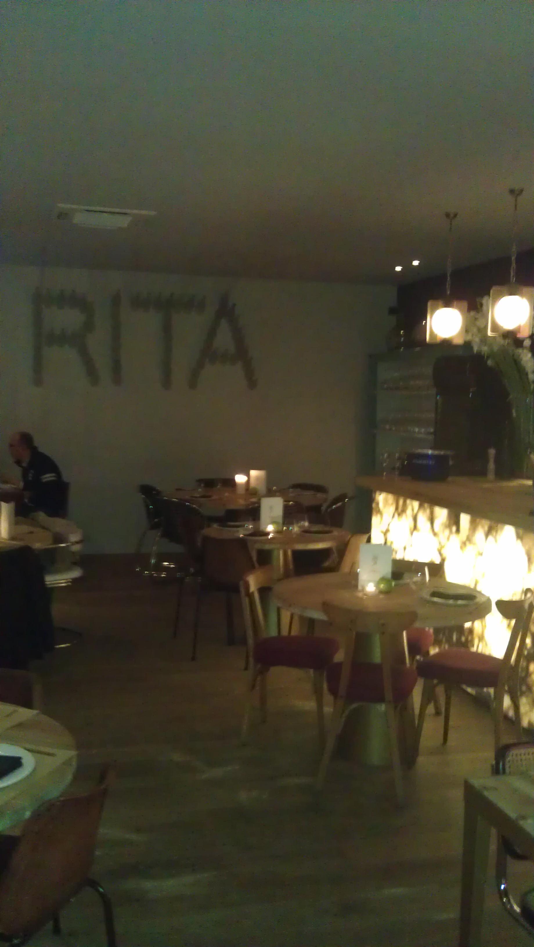 Rira y Champgane restaurante te veo en madrid