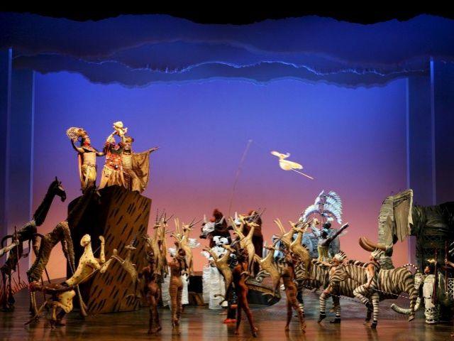 El rey le n un musical estupendo te veo en madridte veo for Portales de chimentos del espectaculo
