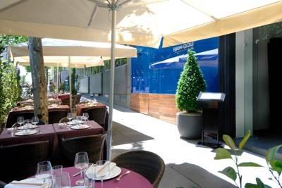 Restaurante Asiático Bam-bou. terraza