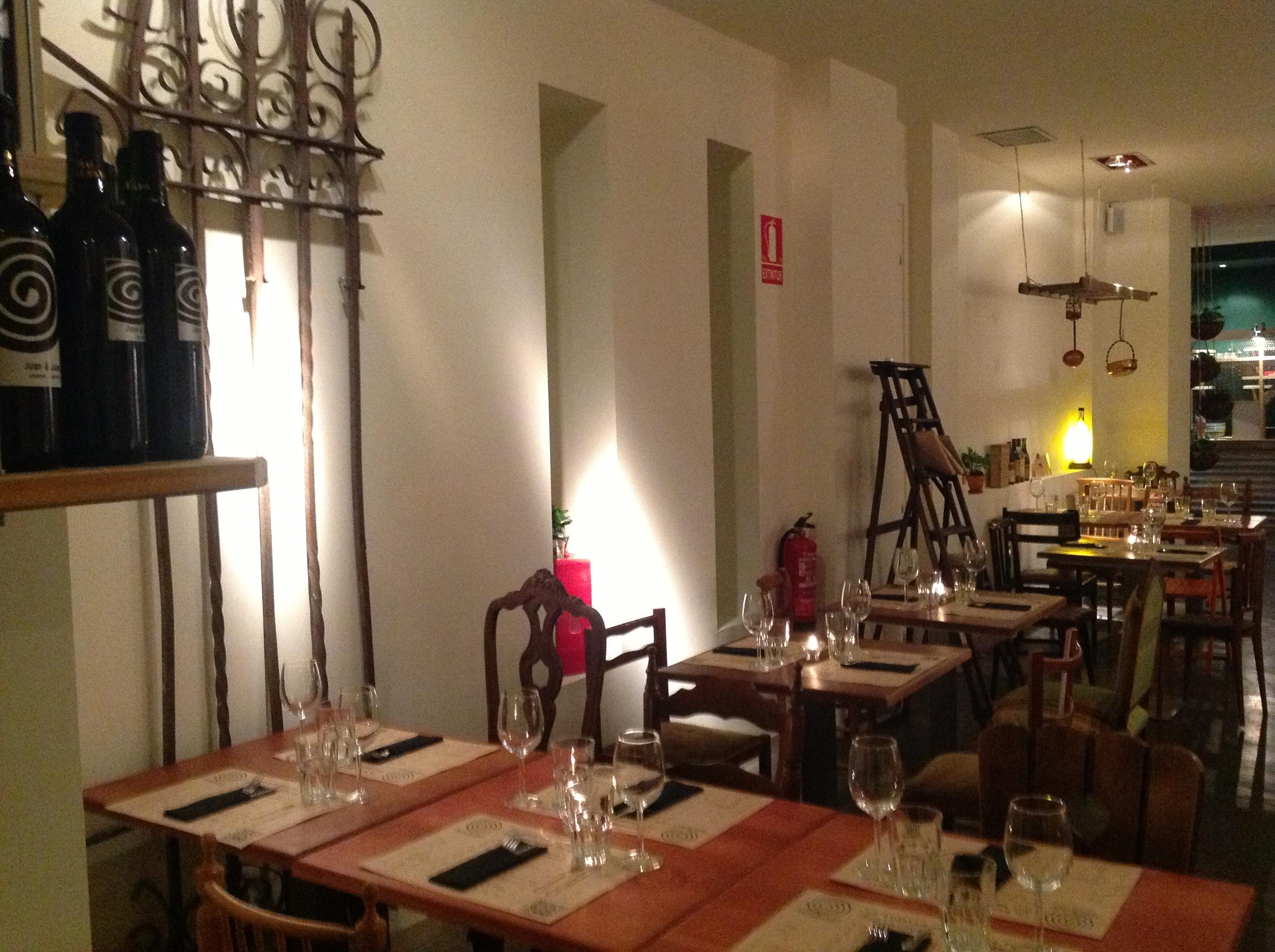 Juan & Juan Sala Restaurante