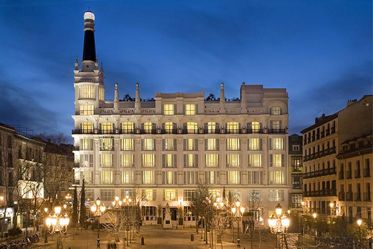 Ana la santa en la plaza de santa ana te veo en - Hotel only you en madrid ...