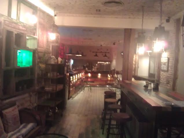 Restaurante La Ccava planta alta, el bar Te Veo en Madrid