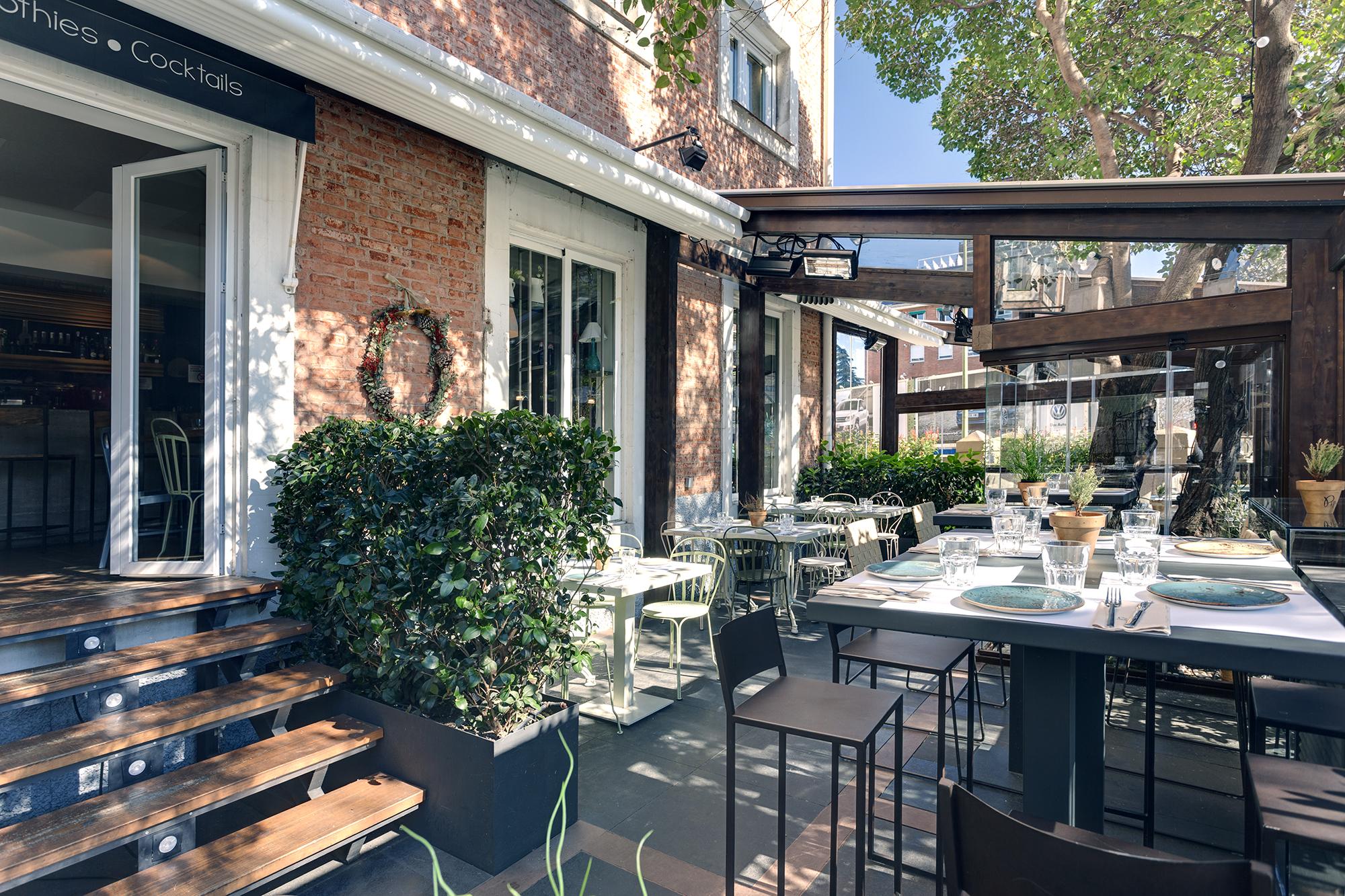 Pipa co otro restaurante con terraza que tienes que for Restaurantes con terraza madrid