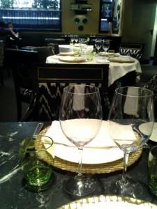 Restaurante Caray detalle mesa Te Veo en Madrid
