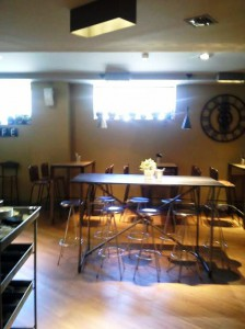 Restaurante Kotté Madrid Paseo Castellana. Zona de barra Te Veo en Madrid