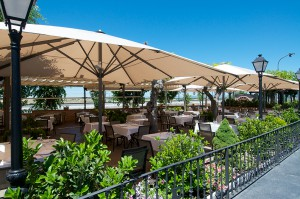 Restaurante Meson de Fuencarral terraza. Dia del Padre te veo en Madrid