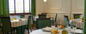 cRestaurante La Ancha comedor del fondo Te Veo en madrid