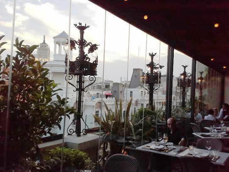 Terrazas para cenar en azotea 2015 te veo en madridte for Terraza sabatini madrid