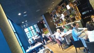 restaurante_lakasa_cesar_martin_panoramica_comedor_te_veo_en_madrid