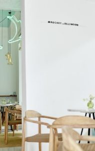 https://www.teveoenmadrid.com/wp-content/uploads/2019/05/restaurante-rocket-rincon-te-veo-en-madrid.jpg