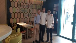 restaurante-platica-equipo-te-veo-en-madrid-2.jpg