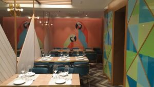 restaurante-platica-sala-principal-te-veo-en-madrid.jpg