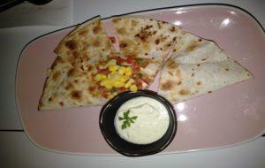 restaurante-lateral-castellana-89-quesadilla-te-veo-en-madrid.jpg