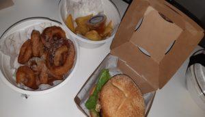 cuatromanos-burger-by roncero-y-freixa-hamburguesa-caprichosa-te-veo-en-madrid.jpg