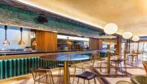 Restaurante-dplatos-dleite-panoramica-barra-te-veo-en-madrid.jpg