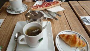 los-mejores-sitios-merendar-desayunar-salon-de-amelie-te-veo-en-madrid.jpg