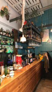 restaurante-bar-el-bigote-del-greco-barra-te-veo-en-madrid.jpg