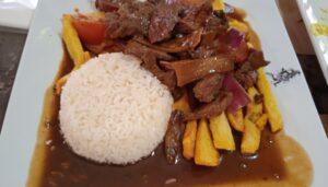 restaurante-mis-tradiciones-lomo-saltado-te-veo-en-madrid.jpg
