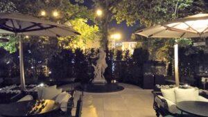 jardin-hotel-mandarin-oriental-ritz-te-veo-en-madrid-scaled.jpg
