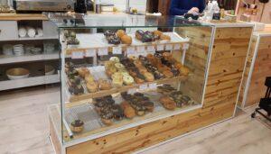 pastelerias-diferentes-y-originales-vegan-donuts-te-veo-en-madrid.jpg