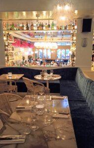 Restaurante-villa-capri-sala-mitologica-te-veo-en-madrid-1.jpg