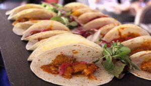 soho-club-brunch-tacos-de-cochinita-te-veo-en-madrid.jpg